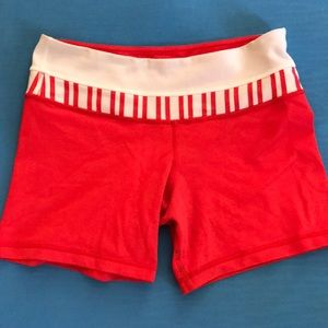 """Size 6 lululemon Spandex Shorts 5"""" Inseam"""
